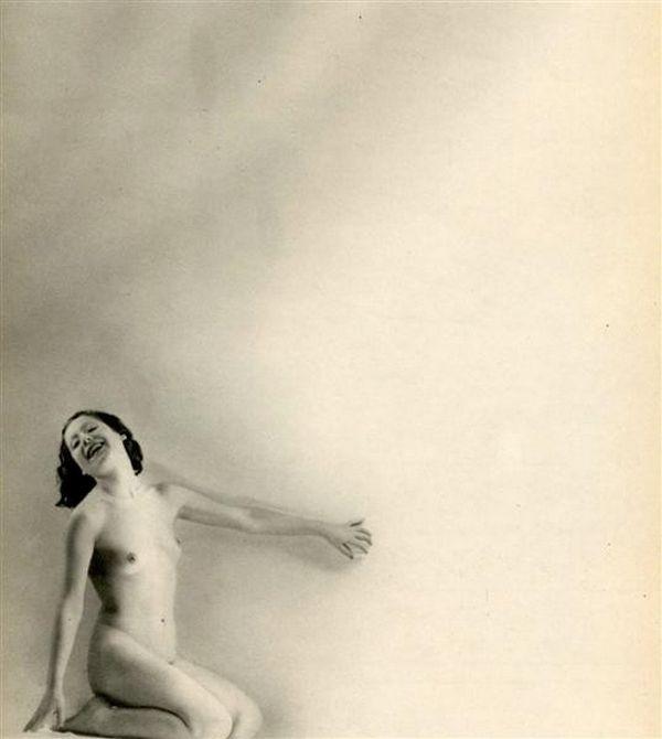 Laure Albin Guillot – Nu Douze Chansons de Bilitis de Pierre Louÿs en 1937