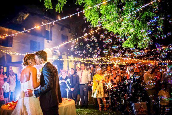 Nuove tendenze: il Wedding Party. Non più semplici banchetti nuziali ma vere e proprie feste indimenticabili.