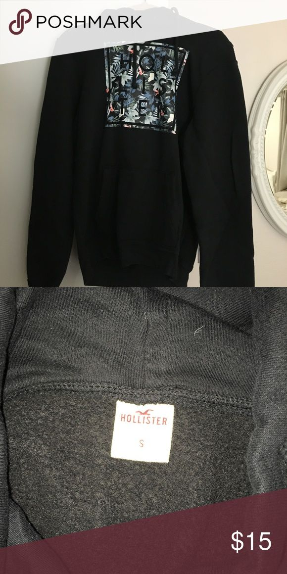 Hollister guys hoodie Comfy hoodie! Hollister Tops Sweatshirts & Hoodies