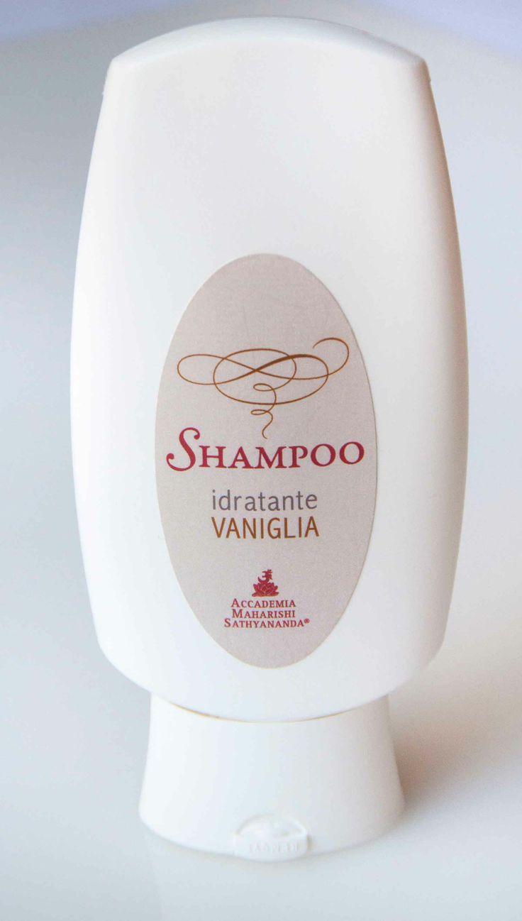 Shampoo Idratante Vaniglia: un soin per i capelli. http://www.thebeautypost.it/12700-shampoo-idratante-vaniglia-soin-i-capelli/  #accademiadelleblogger2014 #benessereessenziale #accademiayoga #yoga #shampooidratante