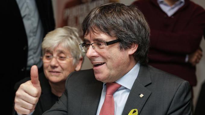 EN DIRECT - Catalogne : les indépendantistes obtiennent la majorité absolue