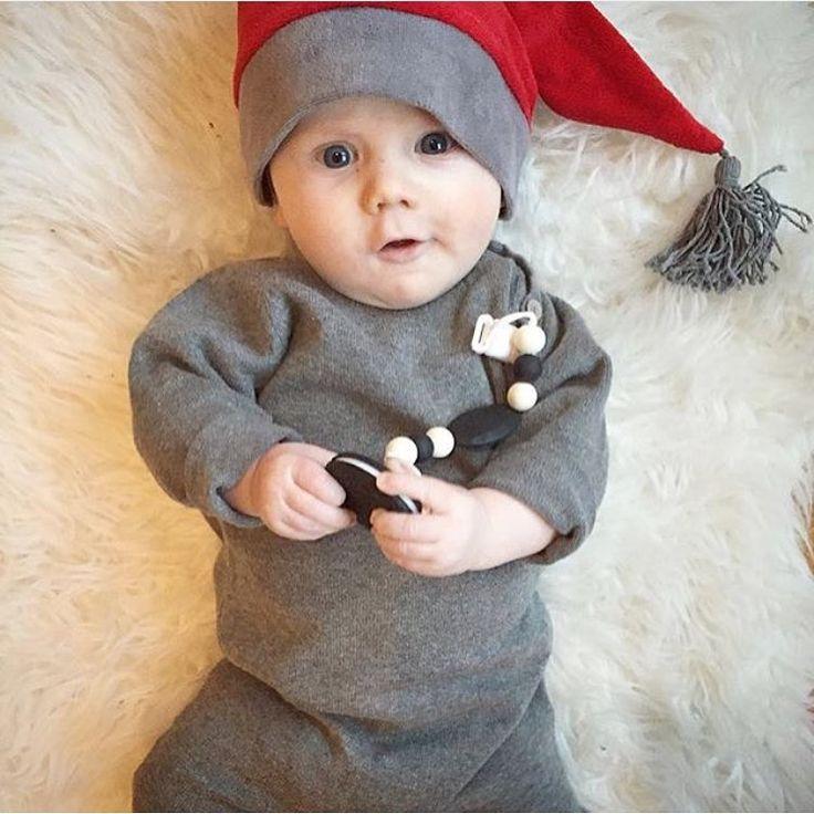 """INSPIRATION FOR BOYS - på Instagram: """"{ r e a t i p s } @mybliss_sweden erbjuder 50% rabatt på delar av sortimentet. Ni hittar bl.a. denna underbara stickade dräkten på rea. Finns i storlek 50-80. Jag har själv en grå stickad tröja därifrån. Upplever den liten i storlek. Är det samma här så gå upp minst 1 storlek. #barnkläder #pojkkläder #flickkläder #barninspo #barnklädesinspo #barnmode #kidsfashion #barnoutfit #kidsoutfit #fashionkidsandbabys #fashionkids #Kidsfashionforall #kidsfashion"""