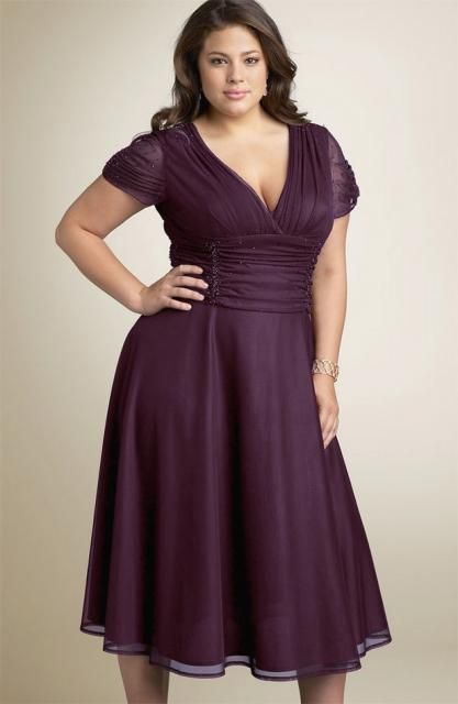 curve size dress, nice!