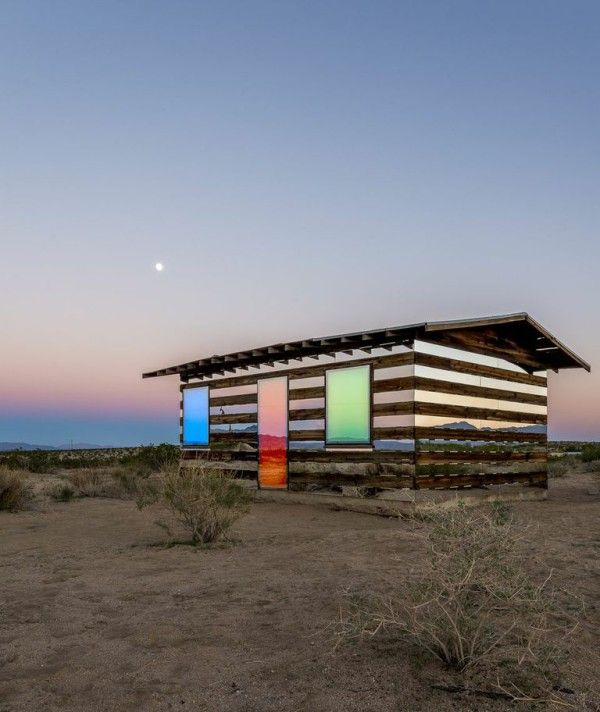 A homestead cabin in Joshua Tree, CA by Artist Phillip K Smith III. Smith stripped the structure of its wooden walls and installed mirrors to reflect and refract the surrounding terrain. #art