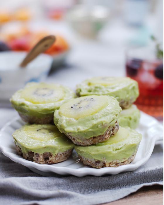 For a healthy dessert make individual key lime and avocado pies. Ingredients – serves 12 1 cup shredded coconut 1 cup walnuts 1/2 cup pitted dates, soaked in warm water for 30 minutes 2-3 avocados 1/4 cup lime juice 1 tsp lime zest 1/4 cup honey 1. Grease a 12-muffin tin set. 2. Place the coconut and walnuts in a food processor and blend until coarsely ground. Add the dates and process until the mixture begins to stick together. Press about 1½ Tbs of the mixture into the bottom o