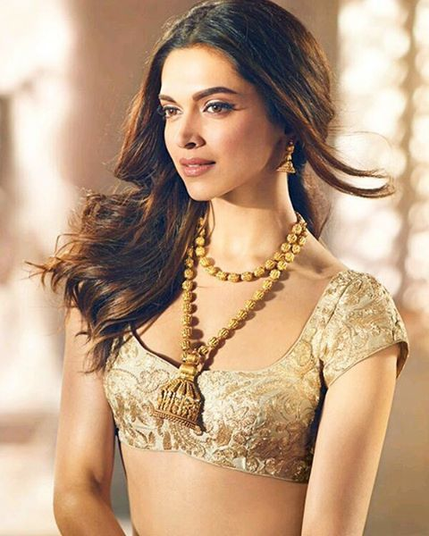 Deepika Padukone! Stunning Pics From Her Tanishq Photoshoot