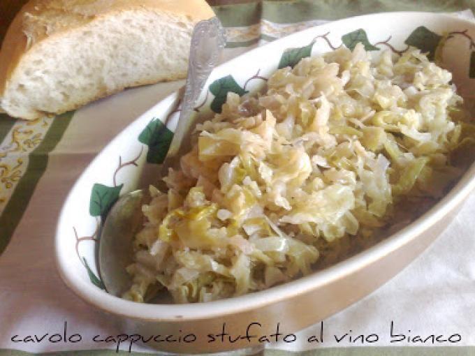 Ottimo contorno per i vostri piatti a base di carne - Ricetta Contorni : Cavolo cappuccio stufato al vino bianco da Il sapore del verde