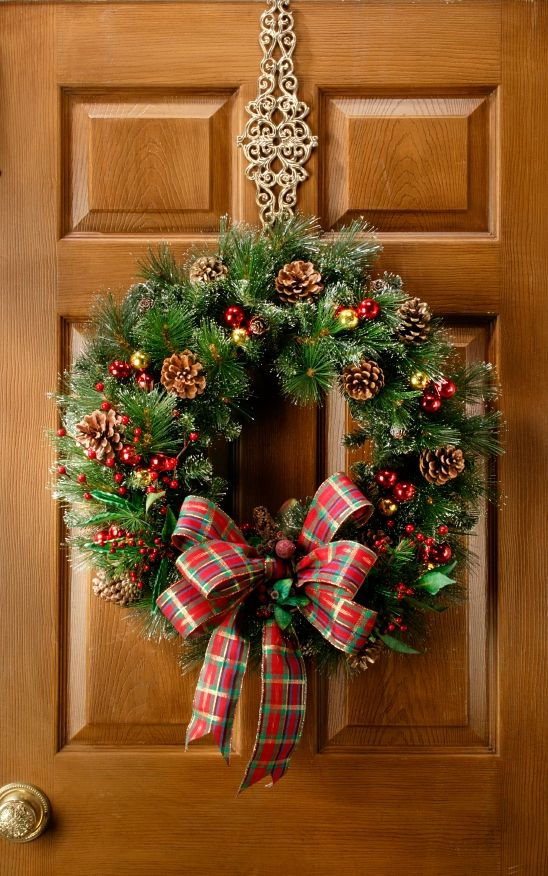 Altogether Christmas Decorating: Christmas Wreaths