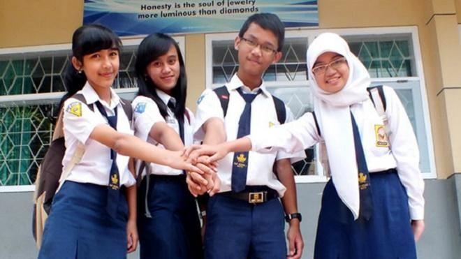 """Covesia.com - Pemerintah Kota Pontianak melarang murid Sekolah Menengah Pertama (SMP) mengendarai sepeda motor untuk pergi dan pulang sekolah.""""Larangan..."""