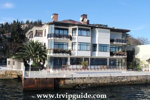 Купить недвидимость в Стамбуле http://trvipguide.com/property-buying Дорогие шикарные виллы расположенные на берегу Бсофора не остануьтся незамеченными ни одним прохожим. Здесь есть и старинные особняки и новопостроенные виллы, в которых частно отдыхают местные, а порой и зарубежные знаменитости.