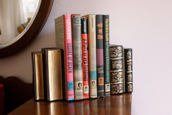bookends that look like vintage books: Vintage Book