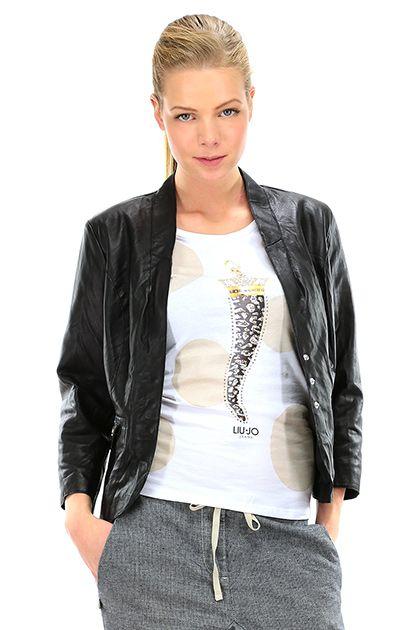 MANILA GRACE - Giacche - Abbigliamento - Giacca in pelle, con manica a tre quarti, taschini sul davanti e collo alla coreana. - MD196 - € 359.00
