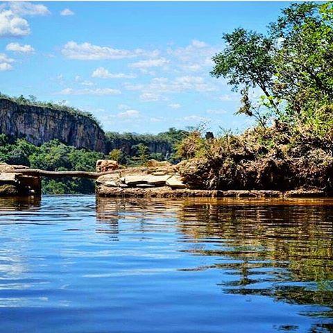 """bellaminaspousada: """"Parque Ecológico do Paredão #Guapé #SulDeMinas  #MinasGerais  #Brasil #VisiteGuapé #TurismoMG #DestinoBrasil #DicasDeDestino #ViajePeloBrasil #Turismo #DestinosBrasileiros #Igersminasgerais #BrazilinGram #igersminasgerais #igersbrasil #fotosdobrasil #fotosdasgerais #blogmochilando #brasilemfotos #viajarmelhor #viagemeturismo #thebrazil #brazil #Natureza #officialtravellers @turisgram @mturismo @minasgeraisoficial @eucurtomg @eusoumineiro @destaquesmg @destinosbrasileiros…"""