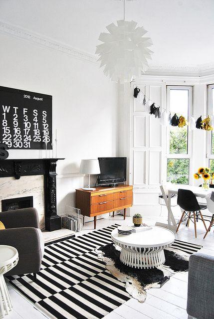 Black and white Living Room / AMM
