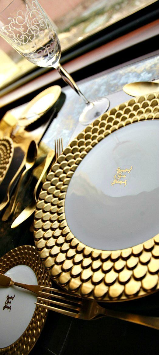 Monogrammed China is quite chic and a perfect way to make your mark at a holiday dinner.
