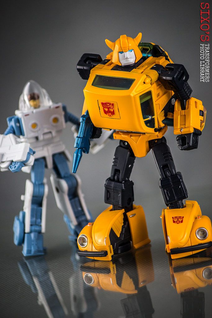 Transformers Masterpiece MP-21 Bumble (Bumblebee)