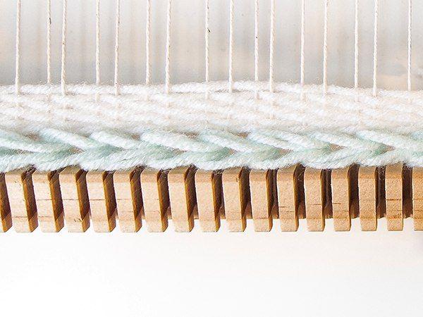 Красивое украшение пустующей стены своими руками! https://vk.com/lavkaim?w=wall-128596158_2719 #Лавка #творческих #идей #идея #подарок #праздник #своими #руками #рукоделие #DIY #lavkai.ru <u>новый</u> #Вконтакте #ВК #Сайт #Ремесленное #искусство #Со #смыслом #интерьер #детали #дизайн #Новый #год #Рождество #товары #оформление #поделки #дети #художественная #ковка #свадьба #товары #мастер #класс #МК #шитье #валяние #вязание #упаковка # корона #бубенцы #варежки #скрапбукинг #Воздушная #роспись #на #стене