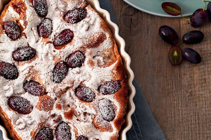Pasta paradiso in guscio di sfoglia con uva e noci