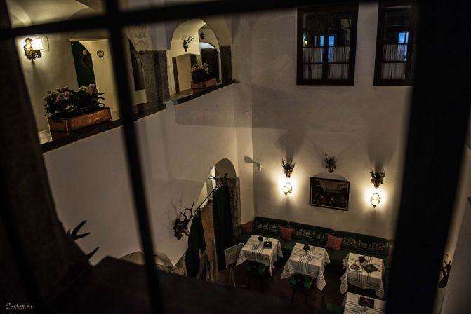 Bar. Hotel Goldener Hirsch in Salzburg. Hoteltipp für Salzburg. City Salzburg, Trip Austria, Hotel Austria. Culinary Trip Salzburg. Traditional austrian Hotel approved by cookingCatrin.