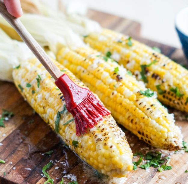 Celebrate the 4th of July with the Best and Healthy Food Recipes! From Grilled Veggies to Salads, Burgers, Desserts and more! Homemade Recipes : http://homemaderecipes.com/12-healthy-4th-of-july-recipes/