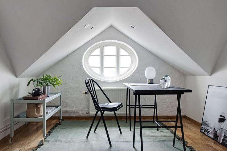 17 meilleures id es propos de oeil de boeuf sur pinterest lit de cercle lucarne de chambre - Deco interieur wit ...