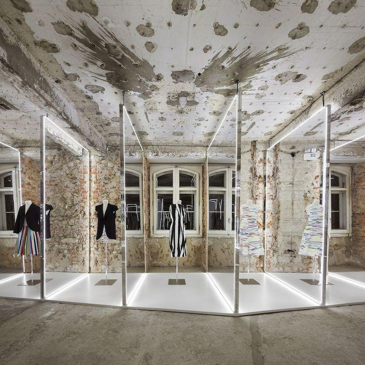 Felipe Oliveira Baptista Exhibition.13