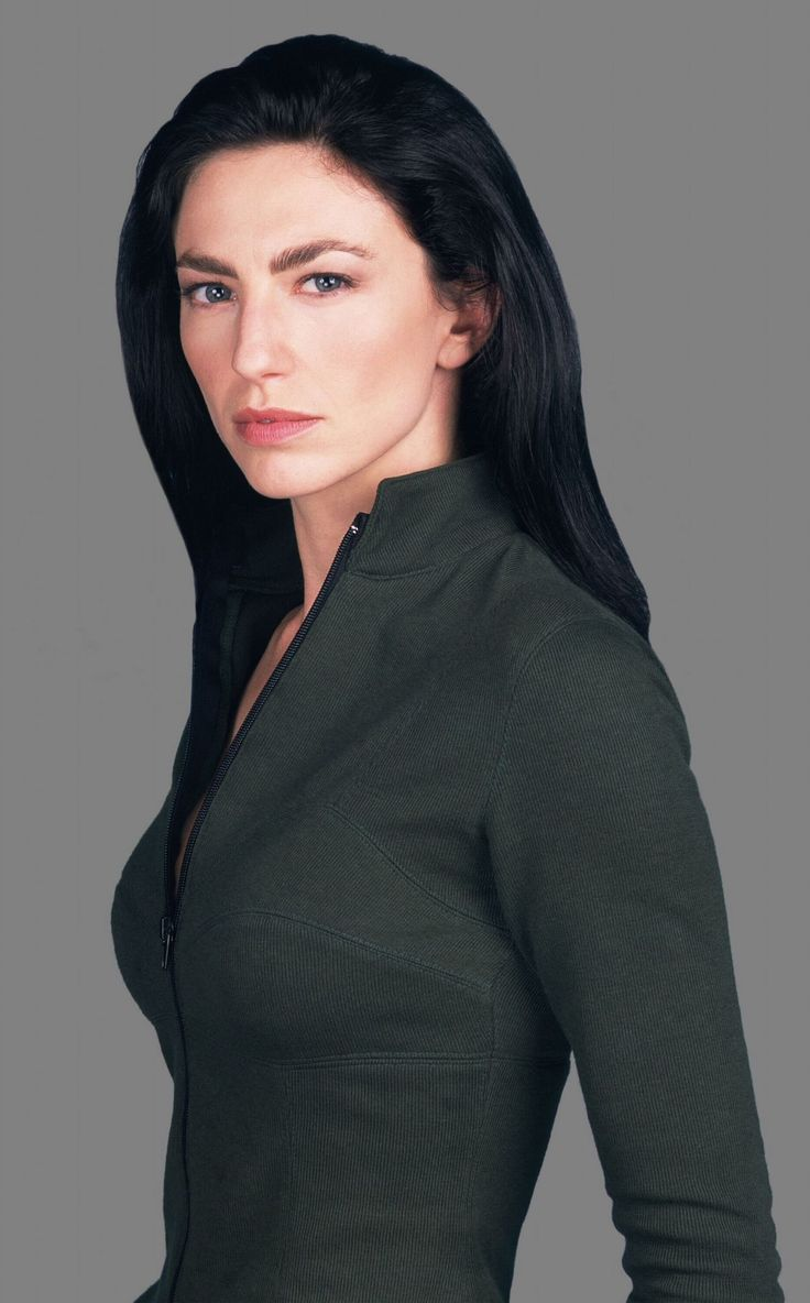 claudia Black. So gorgeous And she has that sexy brittish thing going for her too. Beautiful ...