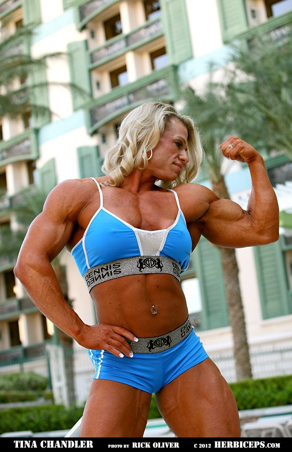 how to build muscle women& 39