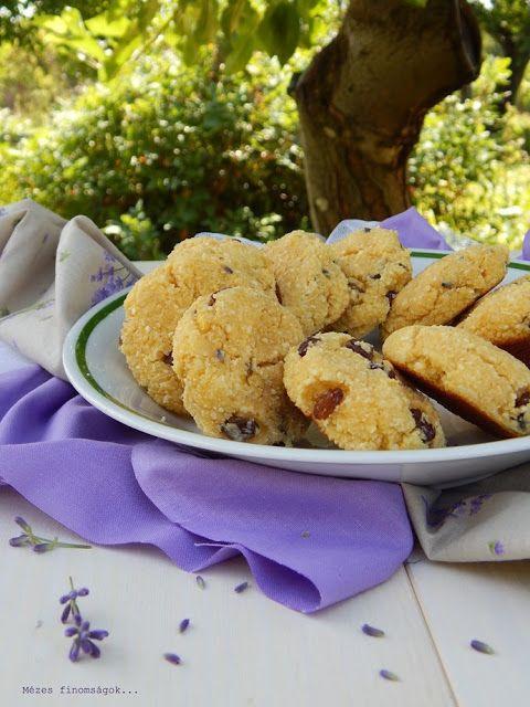 Mézes finomságok...: Citromos, levendulás, mézes keksz mazsolával...