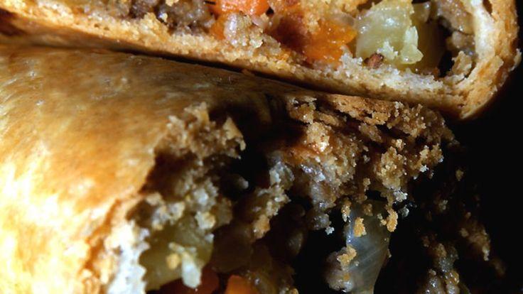 These are SO good, I really should make them more than once a year! Upper Michigan (USA) has several small towns that were originally populated by Cornish miners who worked the mines there. Walking down Main Street in these towns will usually take you past a mom-n-pop cafe where you can buy a pasty similar to this recipe. This makes 6 LARGE or 8 MEDIUM pasties-adjust the water** And butter depending on the size you choose. Recipe Recipe #230316 will complete your trip down a Cornwall M...