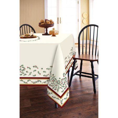 Better Homes and Gardens Mistletoe 60 inch x 84 inch Oblong Tablecloth