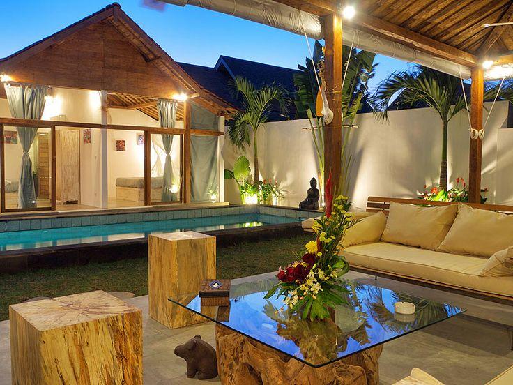 Le #salon permet de pouvoir profiter pleinement du couché de soleil.