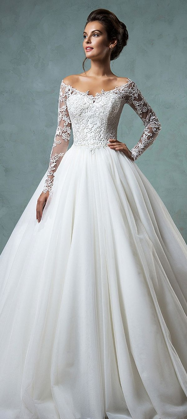 Romantic Tulle Off-the-shoulder Neckline A-line Wedding Dresses With Lace Appliques
