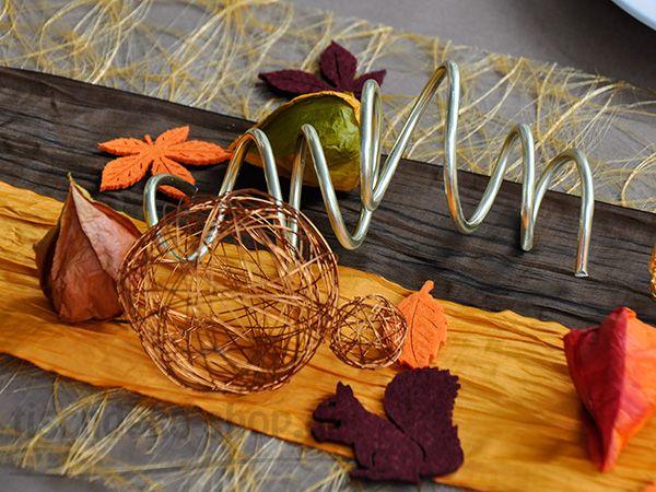 Herbstliche Accessoires  Tischdeko Herbst  Pinterest