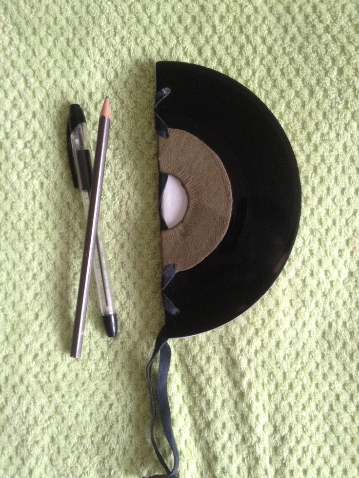 die besten 17 ideen zu lederb cher auf pinterest selbstgemachte zeitschrift buchbinderei und. Black Bedroom Furniture Sets. Home Design Ideas