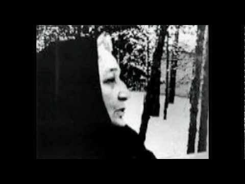 Réquiem de Ana Ajmátova (1935-1940) en la voz de Luisa Pastor de Auralar...