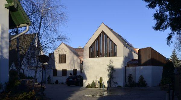 Szolnoki családi ház, építészek: Csendes Monika, Álmosdi Árpád