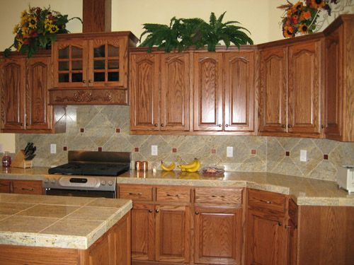 oak cabinets kitchen 18 best images about kitchen countertops on 23834