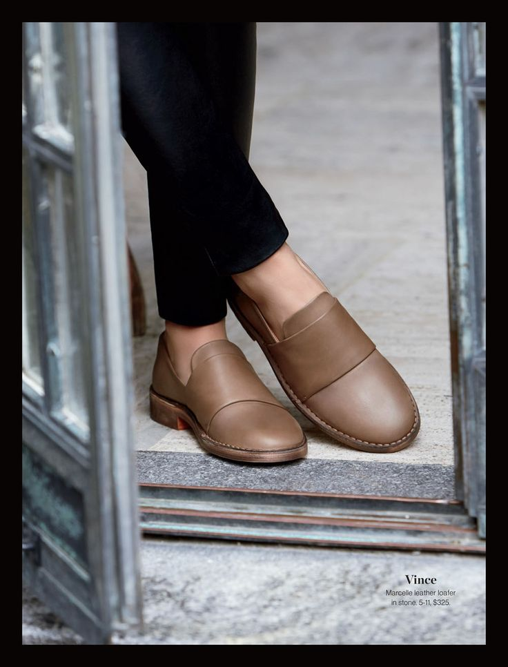 Vince- Marcelle leather loafer in stone.