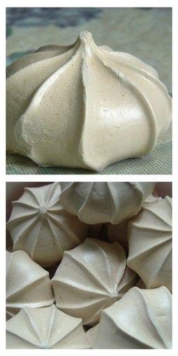 Sněhové pusinky - Czech meringue cookies.                                                                                                                                                                                 More