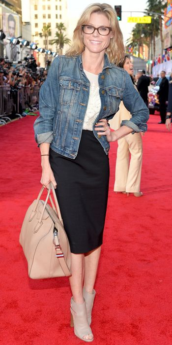 23 Ways to Style a Denim Jacket, Inspired by the Stars - Julie Bowen from #InStyle