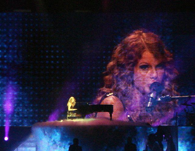 """Taylor Swift performing """"You're Not Sorry"""" on the Fearless Tour."""