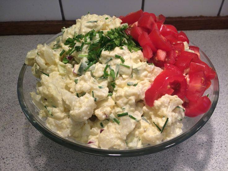kan du godt lide kold kartoffelsalat så prøve denne. Den er bare lavet på blomkål!!