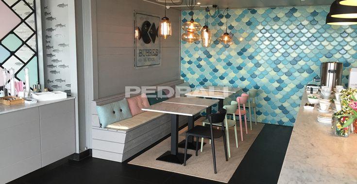 Gastronomiemöbel und Restaurantmöbel. Designstühle und tische