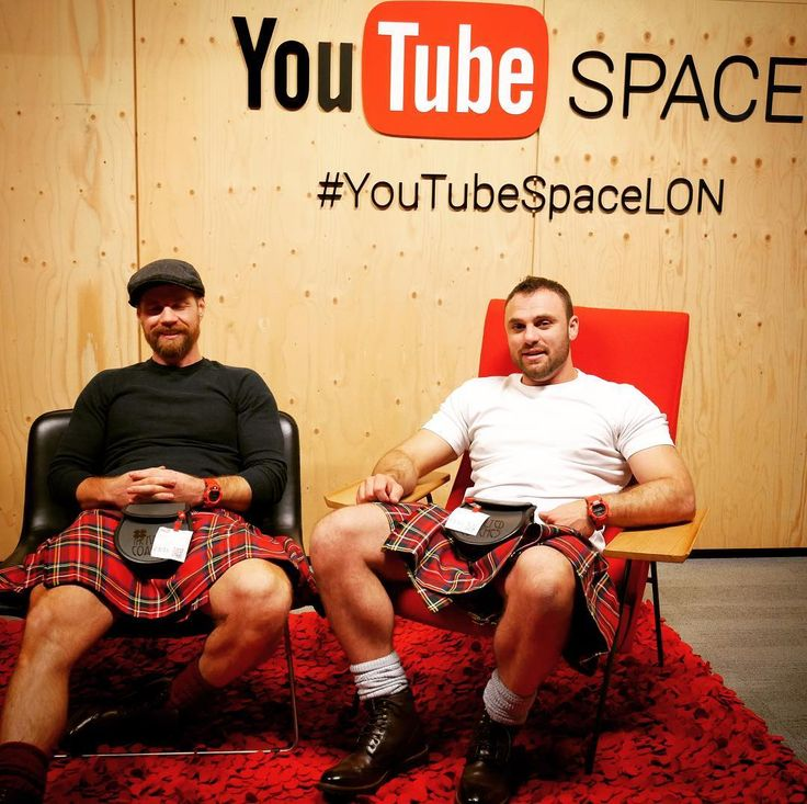 Chilling at @youtube @youtubespacelondon. Next stop..... 100k followers and a silver play button plaque from YouTube. Can we reach our target by our two year anniversary in May 2018? #youtubers #creators #scottishinfluencers #vloggers #letsmakevideos #londonbaby #scottishvloggers #kilts