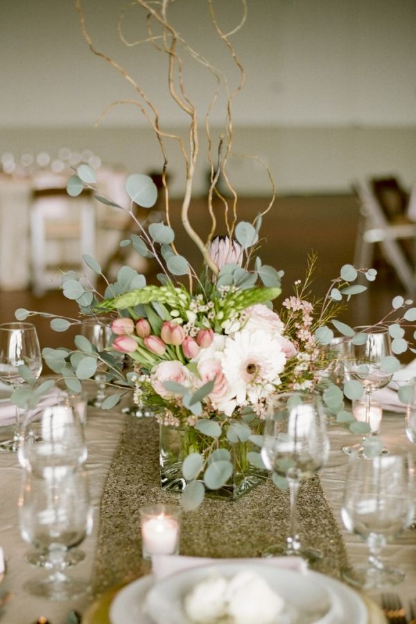 Curly Willow and Pink and Green Floral Centerpiece | photography by http://jennahenderson.com