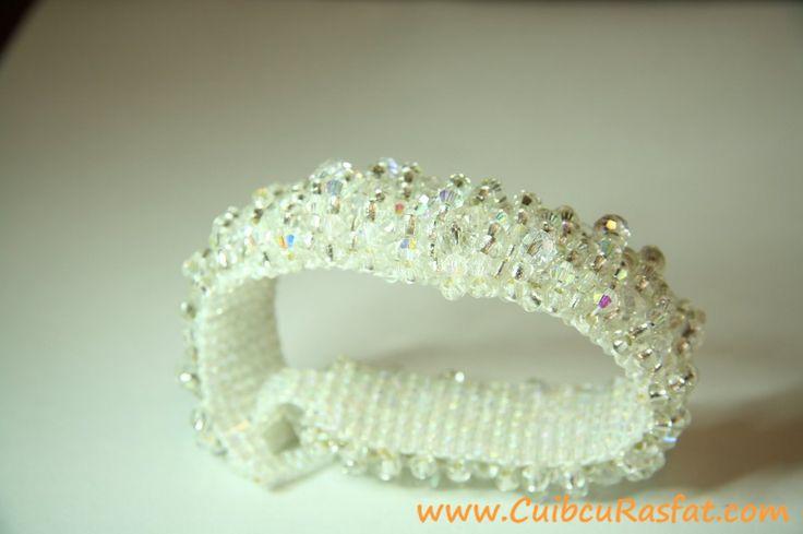 handmade toho white bracelet