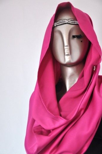 Snood Tajima Cavalli-Magenta - Snoods - Online Collection | Online Hijab Store in Singapore| Shawl | Hoodies | Hijabfashion|