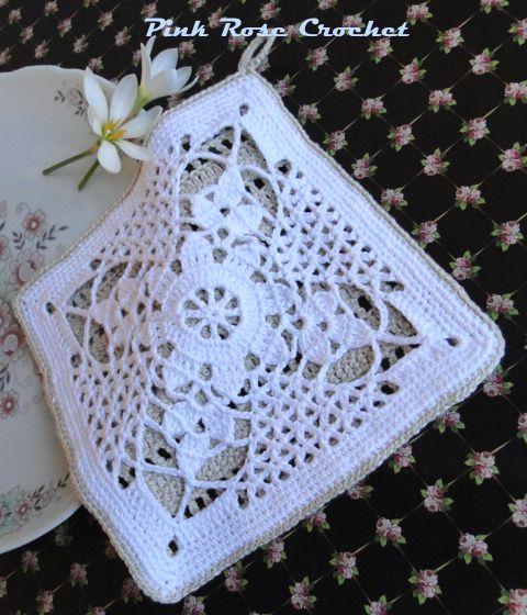 \ PINK ROSE CROCHET /: Pega Panelas Quadrado Branco com Flor em Crochê Filet