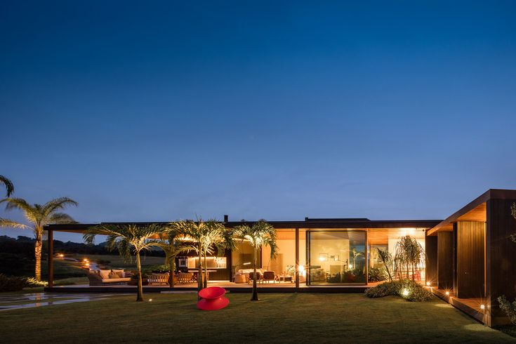 We are Jacobsen Arquitetura. We've developed projects on 4 continents and are recognized for architecture that is tropical and connected to nature